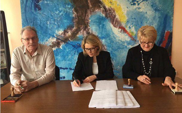Potpisan novi Kolektivni ugovor u DOO Magyar Szó Kft