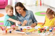 Reprezentativni sindikati obrazovanja: Hitno uvesti onlajn nastavu i za predškolske ustanove